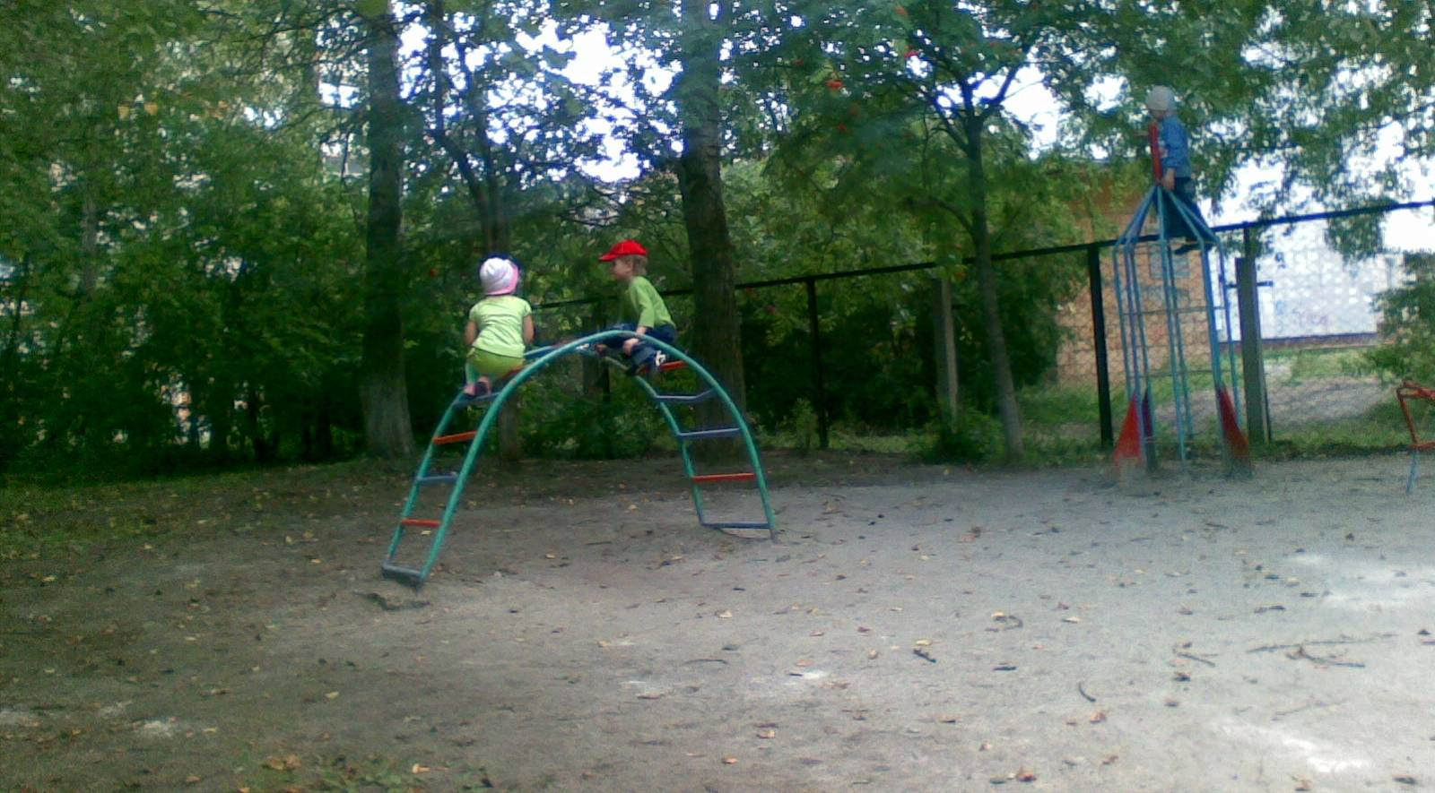 На детской площадке Ольга Перегуд © ИА Красная Весна