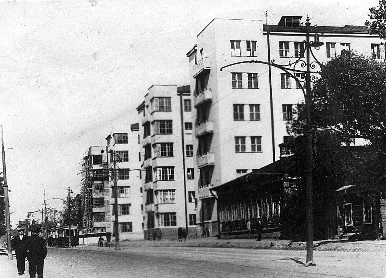 Строительство комплекса общежитий красной профессуры на ул. Б. Пироговская. 1931–1932
