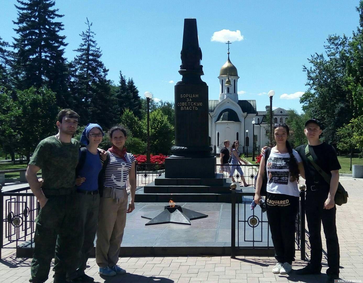 Строй-педагогический отряд из России в ДНР Александр Глазков  8